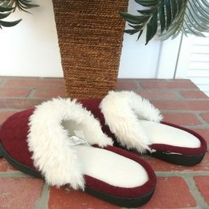 Isotoner Shoes - Istoner Womens Slippers Burgendy White Faux Fur L